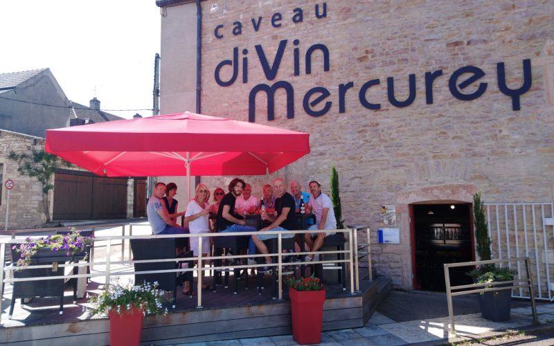 PARASOLROUGE-Caveau-Divin-Mercurey