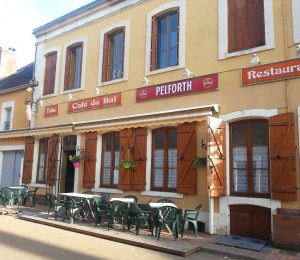 Restaurant-le-cafe-du-bal-Treigny–5–2