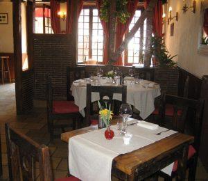 hotel-le-cheval-blanc-restaurant-charny-395882