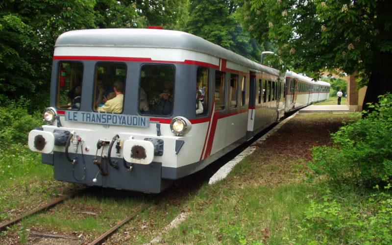 Train touristique de Puisaye – ©aaty