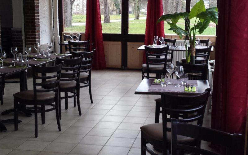 Restaurant l'ancienne gare à Saint-Fargeau
