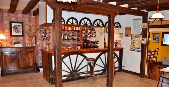 Hôtel-restaurant au coup d'frein à Tannerre en Puisaye