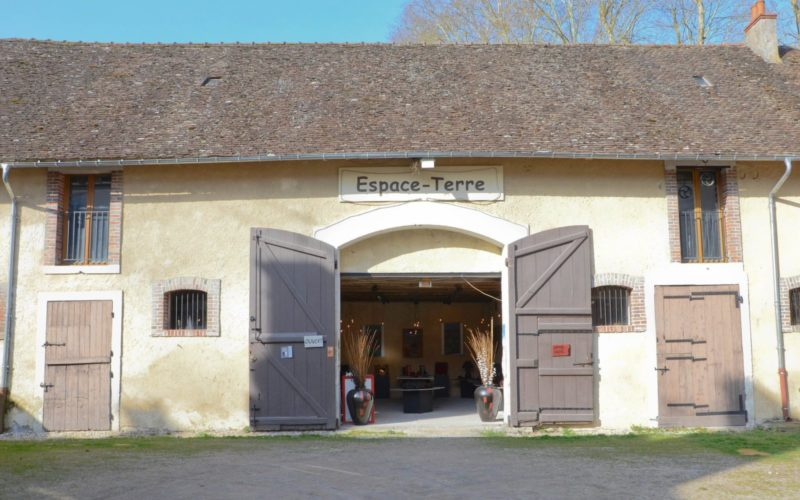 Espace-terre-saint-amand-en-puisaye (1)