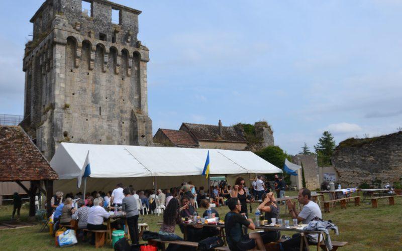 Fantastic picnic en Bourgogne à Druyes-les-belles-fontaines – ©Michel Mourot