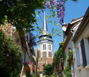 Depuis les ruelles pavées du centre ville de Toucy – ©Audrey Gasset
