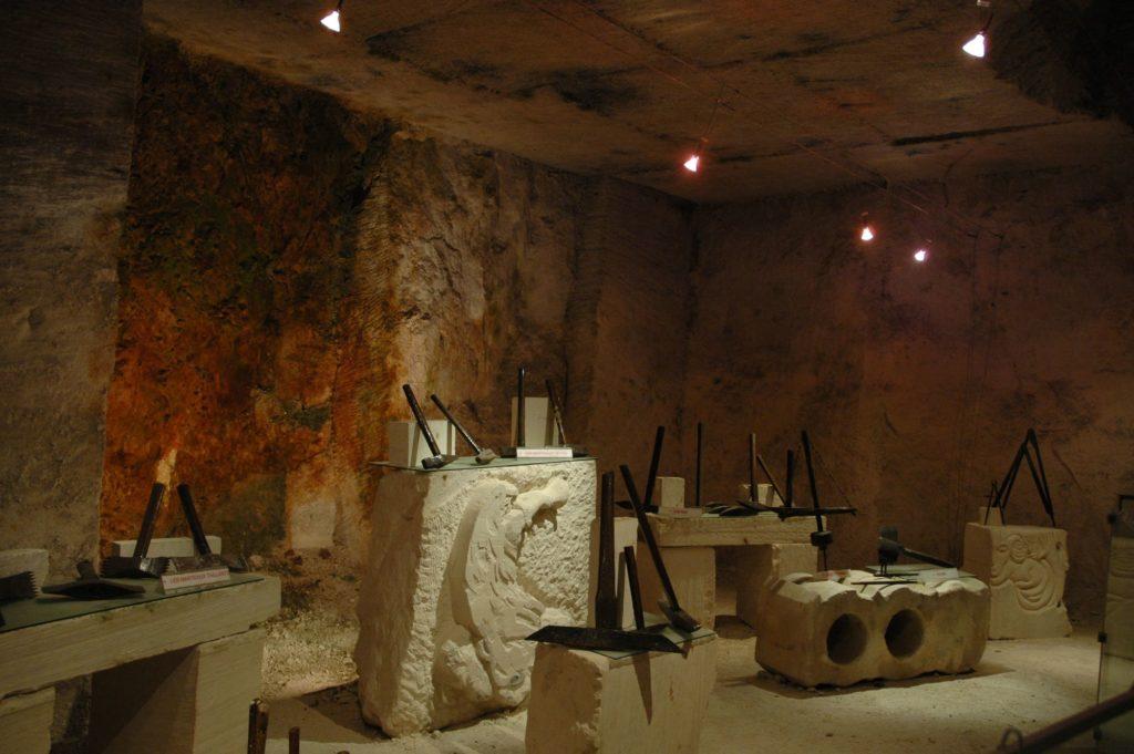 Carrière souterraine d'aubigny à Taingy