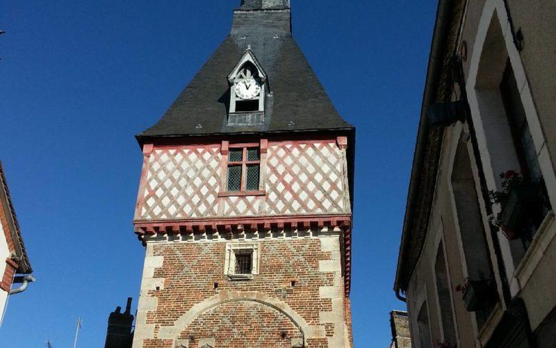 Beffroi de Saint-Fargeau – ©jo8903