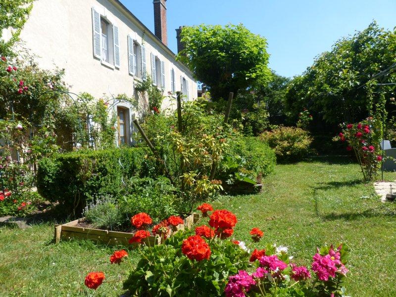Chambres d\'hôtes il était une fois un jardin, en Puisaye Yonne ...