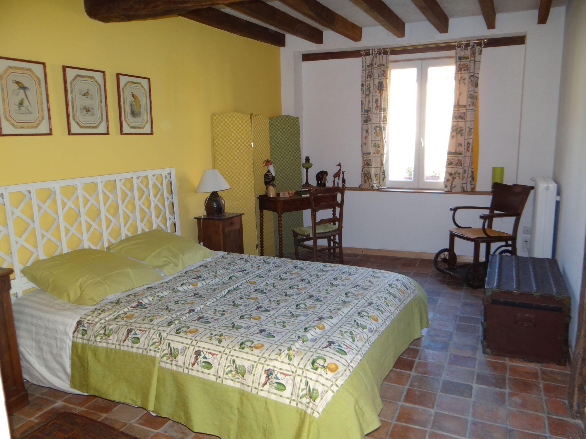 chambres d 39 h tes les toitons en puisaye dans l 39 yonne en bourgogne. Black Bedroom Furniture Sets. Home Design Ideas