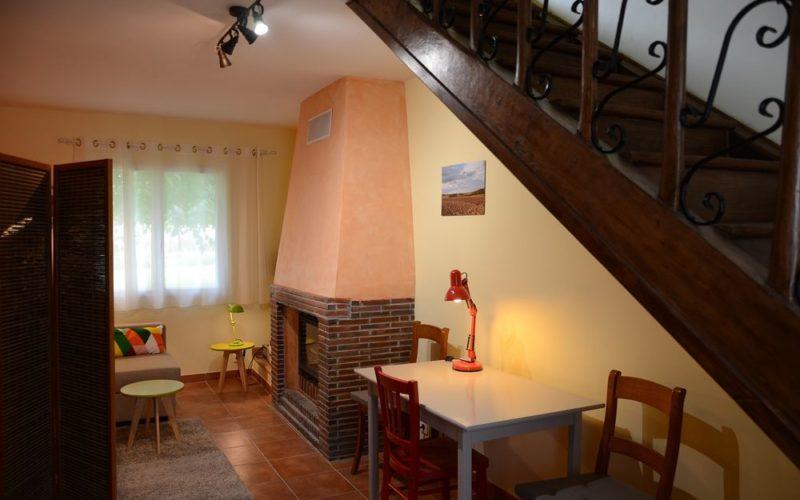 Gites-meubles-jardin-des-paillots-charny-orée-de-puisaye (1)