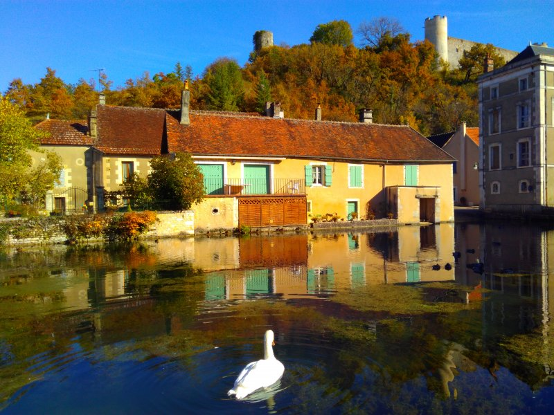 Le village de Druyes-les-belles-fontaines