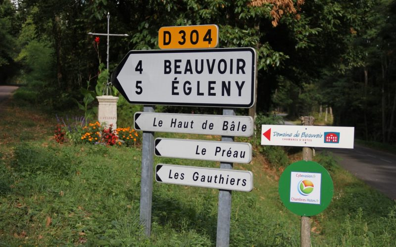 DomainedeBeauvoir-route.–Groot-