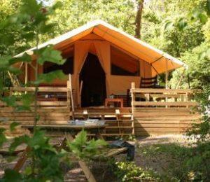Camping Au Bois Joli – Andryes