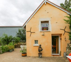 Le-petit-refuge-bourguignon-gite-puisaye-forterre-ouanne (1)