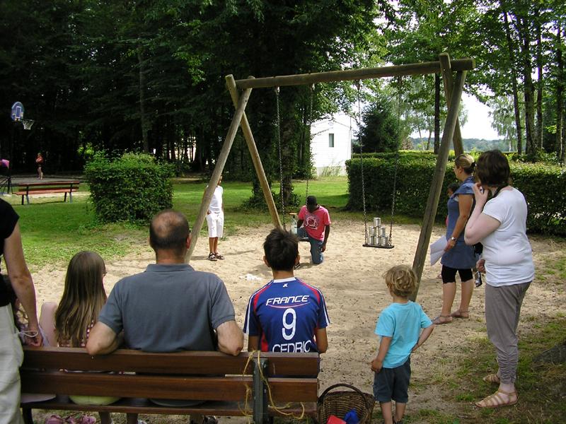 Camping le Bois Guillaume – balançoires