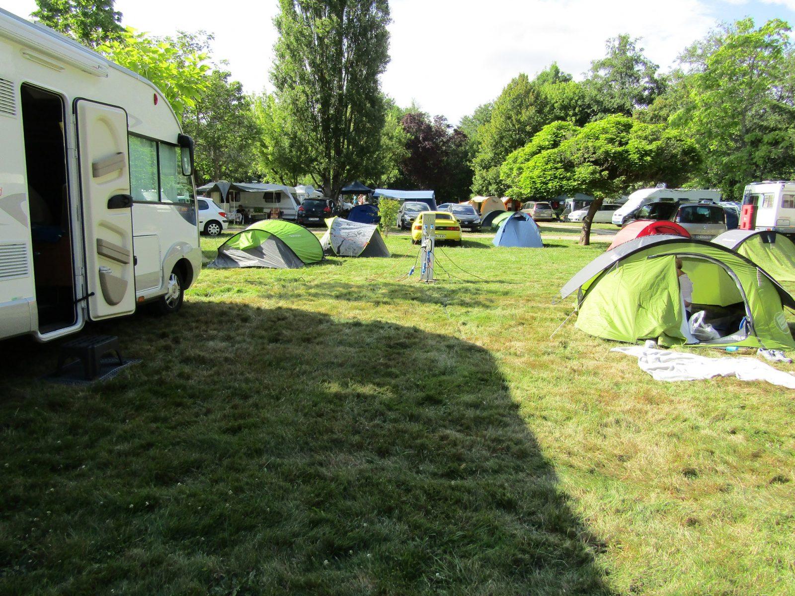 Camping Les Lancières – Rogny les 7 Ecluses