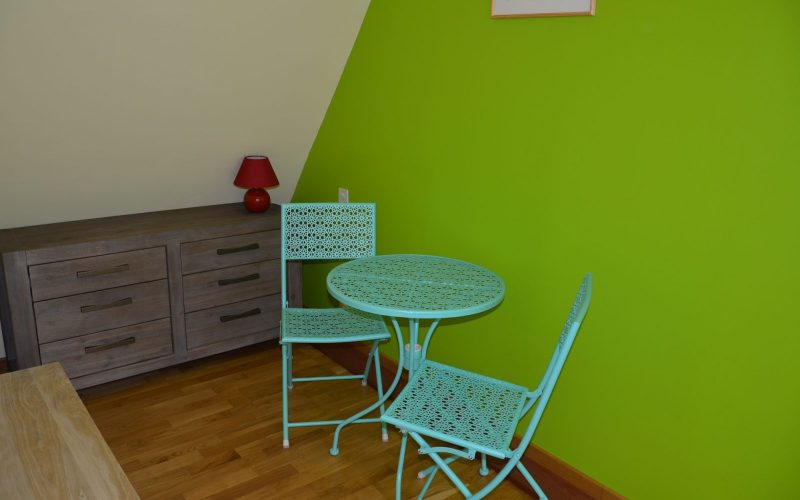 chambre-amande-table