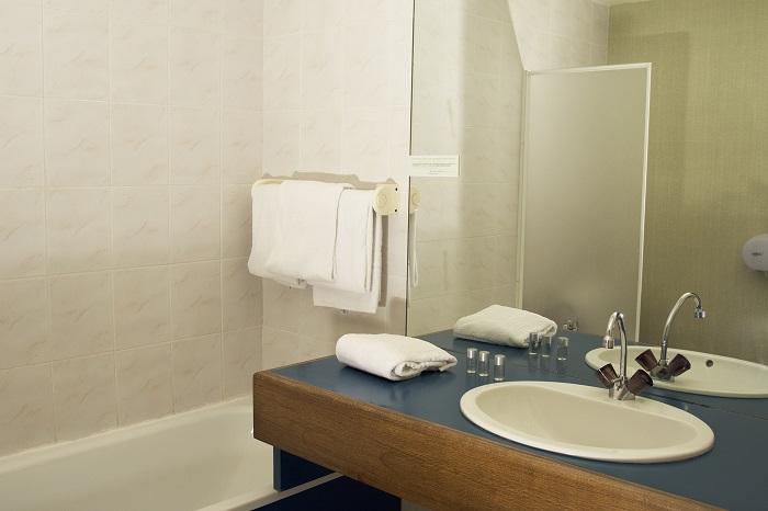 hotel-restaurant-relais-du-chateau-saint-fargeau-puisaye-3
